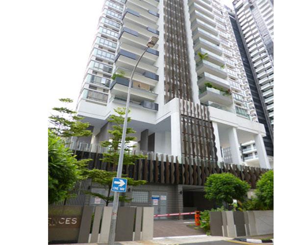 i residences entrance